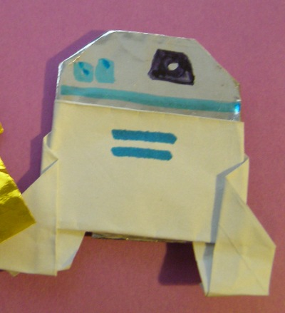 Heres The Latest From Dwight Origami R2d2 And C3p0 Origamiyoda