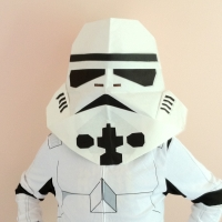 How to Fold an Origami Stormtrooper! from SF TomA...